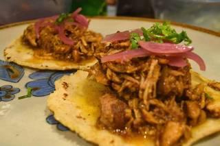 tacos-cochinita2.jpg